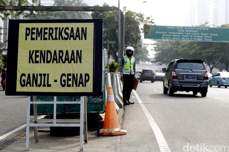 Ilustrasi ganjil genap Jakarta. Foto: Rengga Sancaya