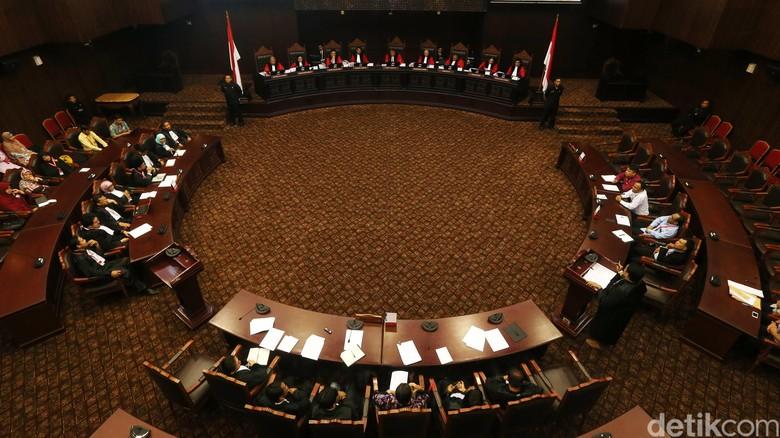 MK Tegaskan Pasal Makar Sah dan Konstitusional!