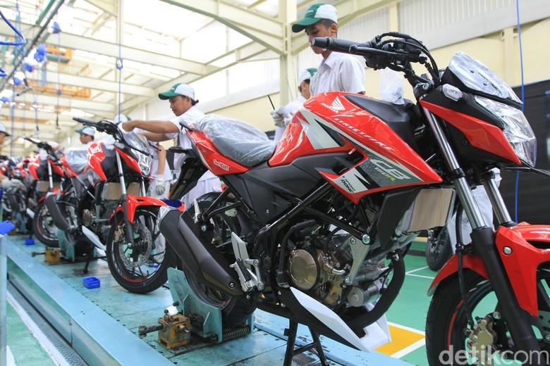 Motor sport Honda CB150R StreetFire (Foto: Astra Honda Motor)