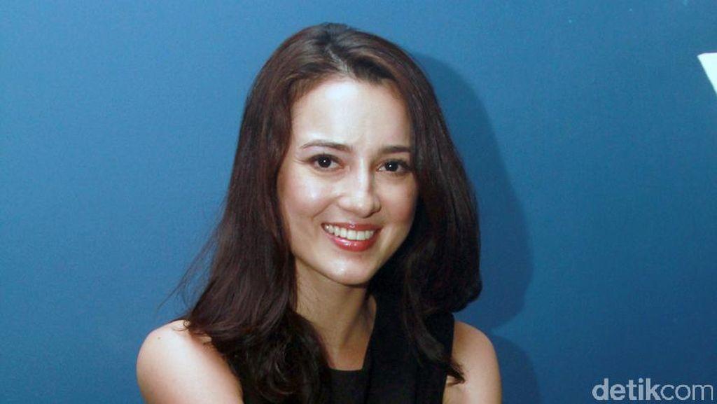 Cara Manajer Kelola Karier Julie Estelle