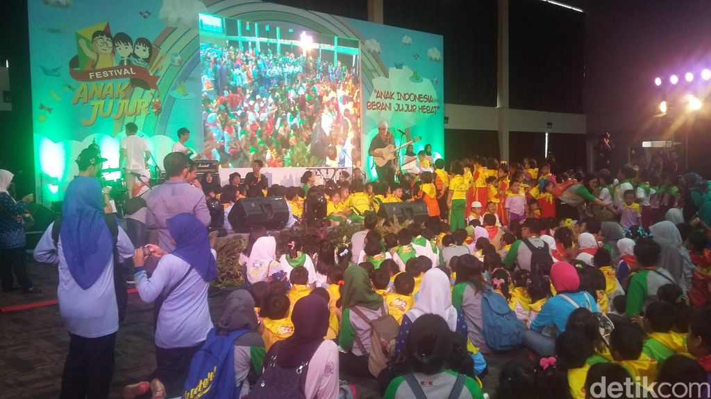 Ribuan Anak TK dan SD Se-Jabodetabek Ikuti Festival Anak Jujur KPK