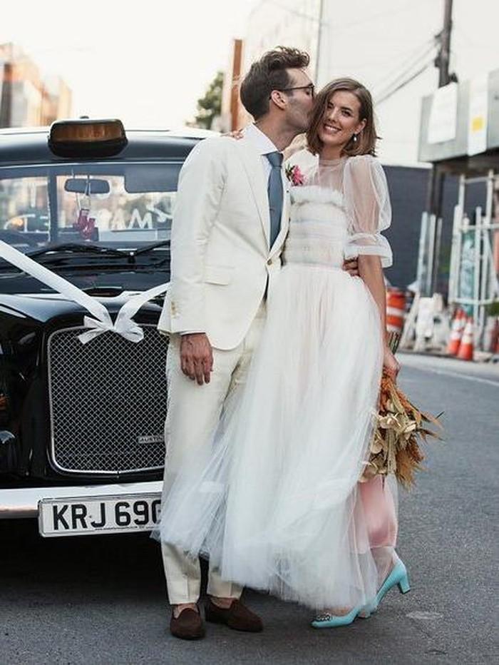 Inspirasi Gaun Pengantin Warna Pastel Dari Pernikahan Model Agyness Deyn