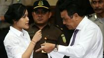 Saksi Lihat Jessica Wongso Menelepon di Kafe Tapi Tak Ditampilkan di CCTV