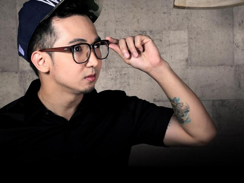 Gokil! YouTuber Edho Zell Borong Barang di Minimarket, Capai Rp 11 Juta