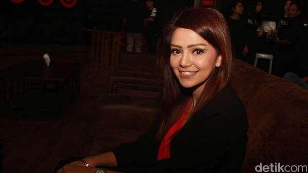Berusia 29, DJ Yasmin Tetap Cute