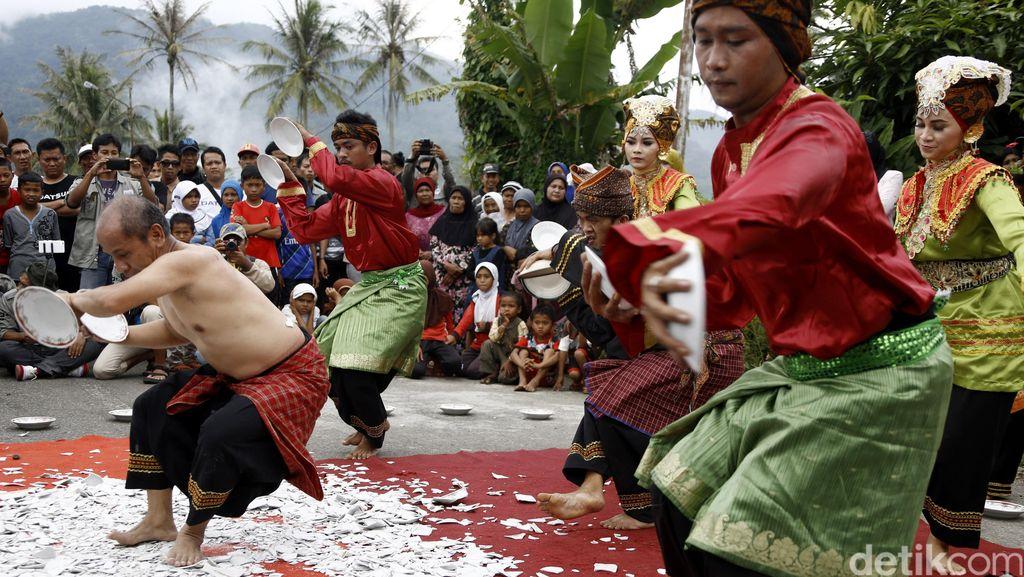Jaga Tradisi Lewat Permainan Tradisional KIM dari Minang