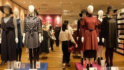 Foto: Mengintip Flagship Store Uniqlo di Singapura yang Punya 350 Manekin