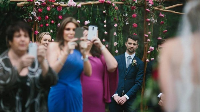 Perilaku Mengganggu Tamu di Pesta Pernikahan