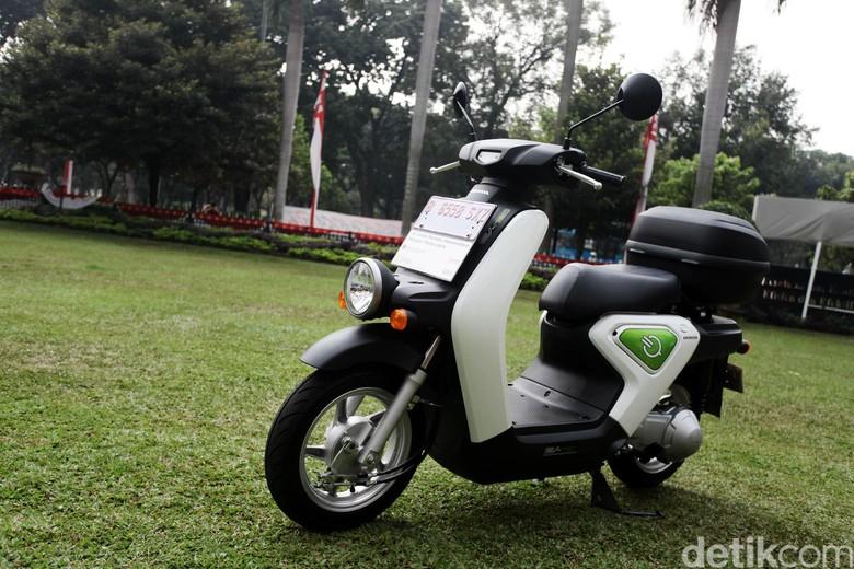 Ilustrasi motor listrik Honda EV Neo (Foto: Grandyos Zafna)