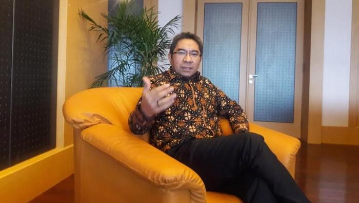 Direktur Utama Pelindo II, Elvyn G Masassya