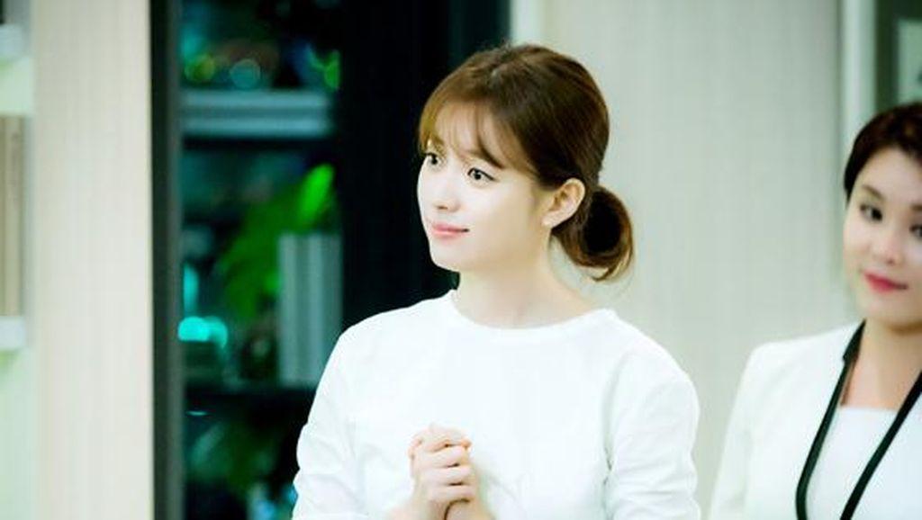 Korean Style: Gaya Feminin Aktris Han Hyo Joo di Drama W