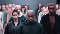 Kanye West Ancam Terus Pakai Nike Sampai Dipilih Jadi Dewan Direksi Adidas