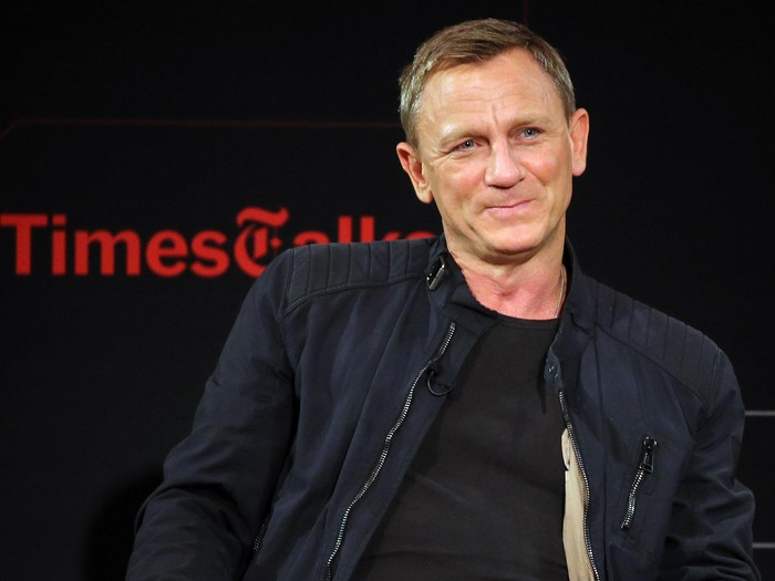 NEW YORK, NY - NOVEMBER 04:  Actor Daniel Craig chats with moderator Logan Hill during the Times Talks Presents: Spectre, An Evening With Daniel Craig And Sam Mendes event at The New School on November 4, 2015 in New York City.  (Photo by Neilson Barnard/Getty Images)