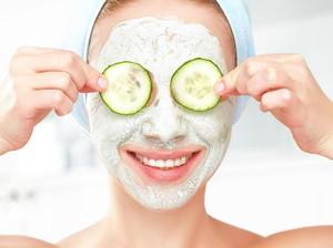 10 Masker Wajah Bahan Alami Untuk Wajah Cerah Bebas Jerawat