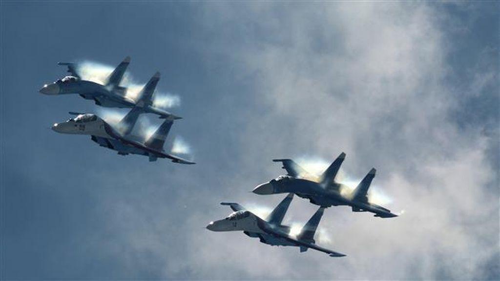 Jet Tempur Rusia Cegat 2 Pesawat Pengintai AS di Atas Laut Hitam