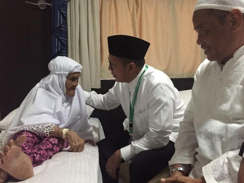 Inspirasi dari Siti binti Mian, Jemaah Tertua Berusia 101 Tahun