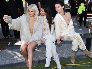 Keluarga Kardashian Jual Barang Branded Bekas, Harga Mulai Rp 1 Jutaan
