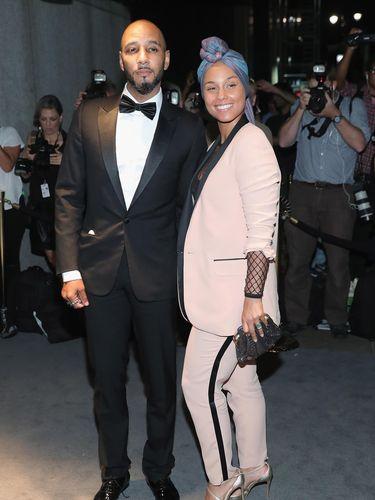 Alicia Keys dan suaminya.