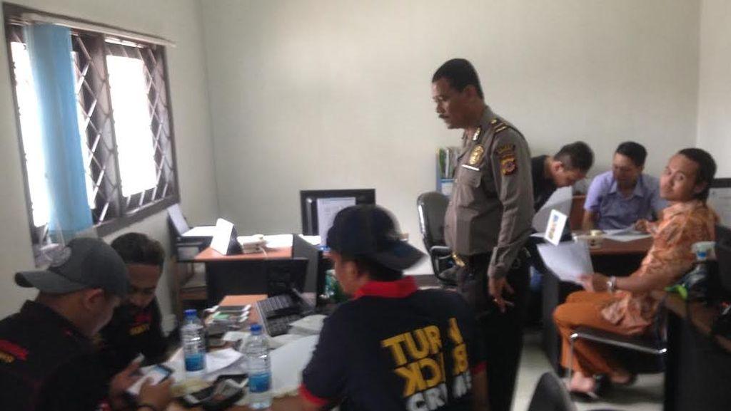 Bak di Film: Perampok Masuk ke Bank di Indramayu, Sandera Pegawai, dan Kuras Uang
