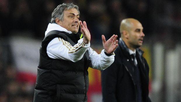 Jose Mourinho lebih senang mengingat momen bersama Pep Guardiola.