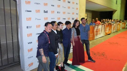 Iko Uwais Hingga Chelsea Islan Hadiri Premiere Filmnya di Kanada