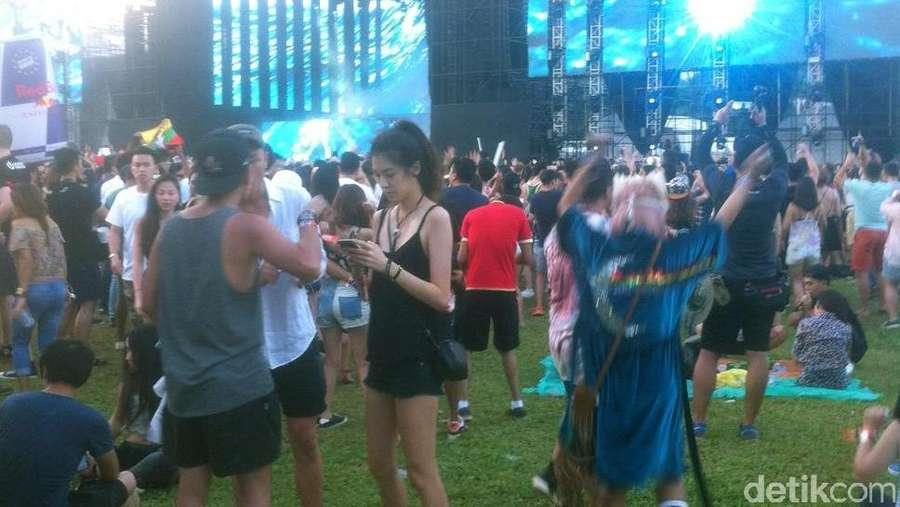 Kemeriahan Pesta Ultra Singapore 2016