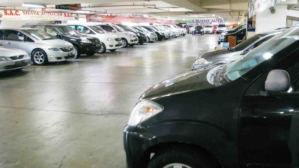 Pedagang Mobil Bekas Bergerilya Cari Stok Selama Ramadan