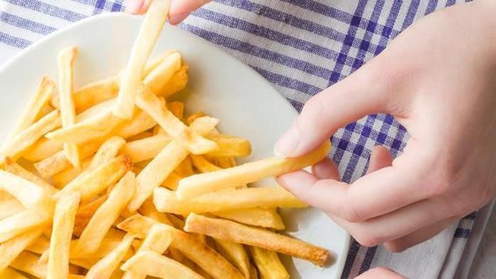 Ahli nutrisi berpendapat enam potong kentang goreng cukup. (Foto: iStock)