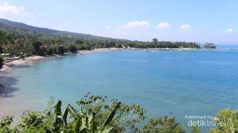 Ilustrasi Pantai Senggigi, Lombok, NTB (Darwance Law/dTraveler)
