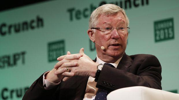 Sir Alex Ferguson pernah menjadi rival Arsene Wenger di tahun 1990-an hingga 2000-an