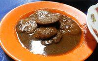 Resep semur jengkol khas Betawi.
