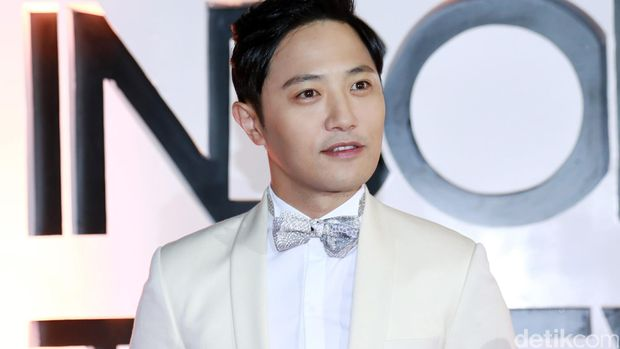Jin Goo di Indonesia Television Awards 2016