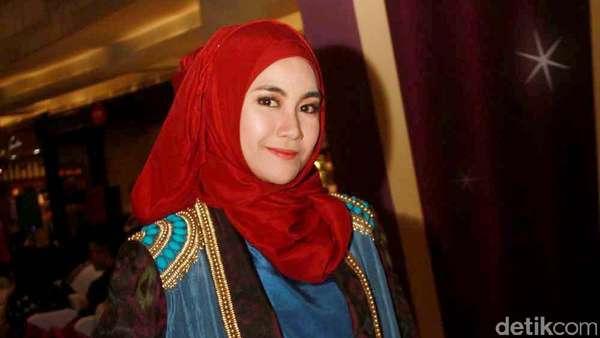 Anisa Rahma Jadi Juri Pemilihan Kucing Terlucu