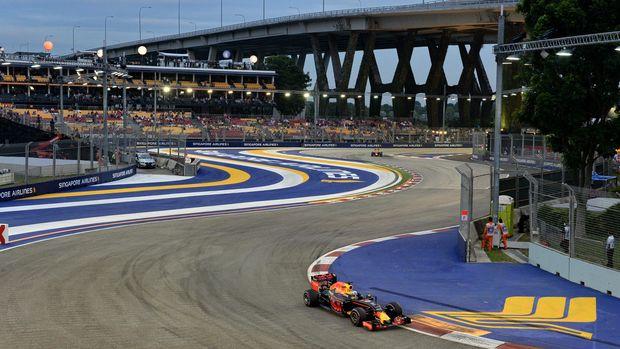 Formula 1 sudah menerapkan sirkuit jalanan atau non-permanen, salah satunya di Singapura. (