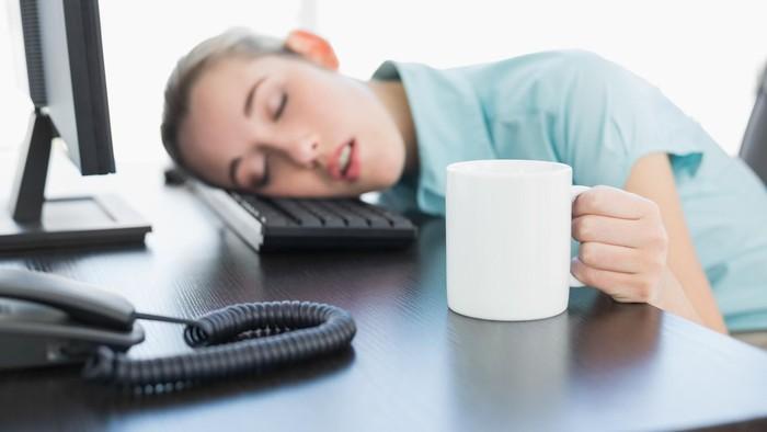 Walau sebentar, tidur siang efektif me-recharge energi (Foto: thinkstock)