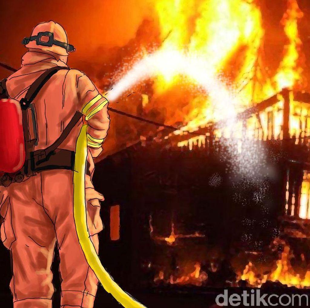 Kebakaran di Daan Mogot Belum Padam, 21 Mobil Damkar Diterjunkan
