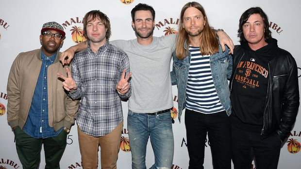 NEW YORK, NY - NOVEMBER 16:  Maroon 5 Performs at Custom Marooned on Malibu Island Concert for New York City Fans at Roseland Ballroom on November 16, 2013 in New York City.  (Photo by Theo Wargo/Getty Images for Malibu)