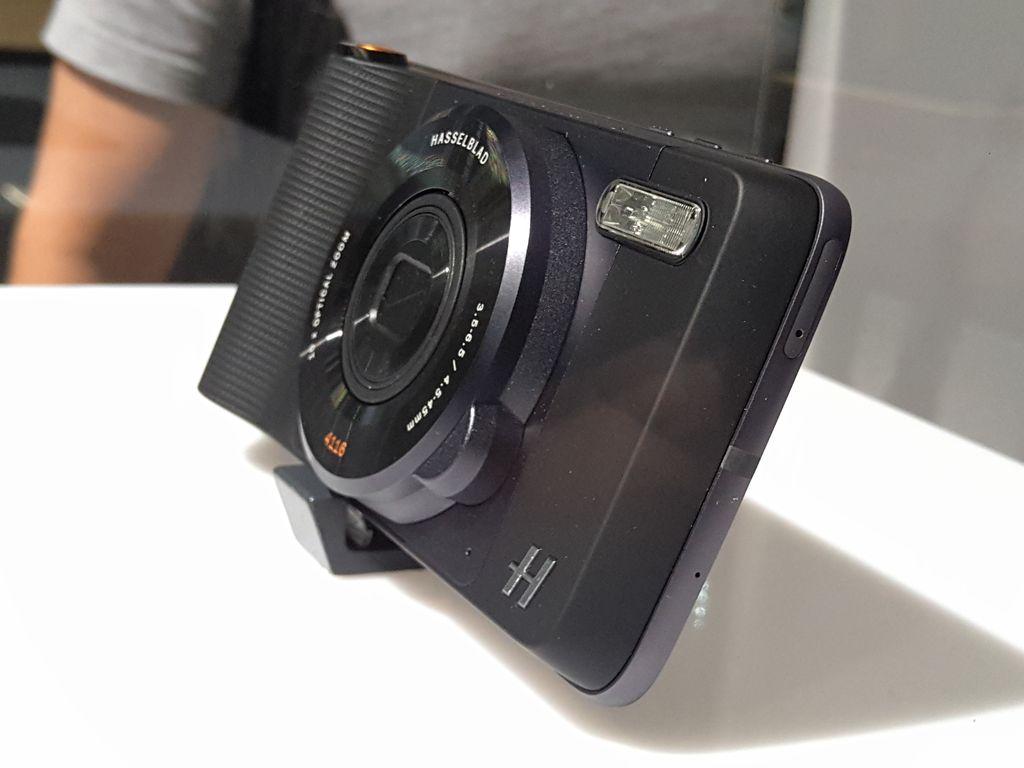 Modul kamera Hasselblad untuk Moto Z.