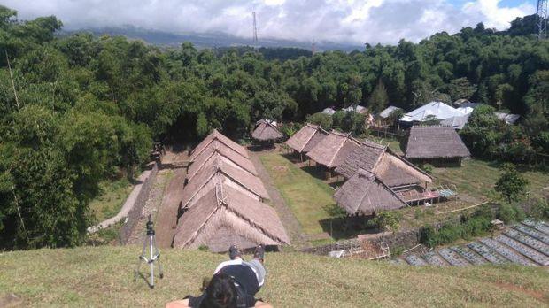 Rumah adat di Sembalun, Lombok