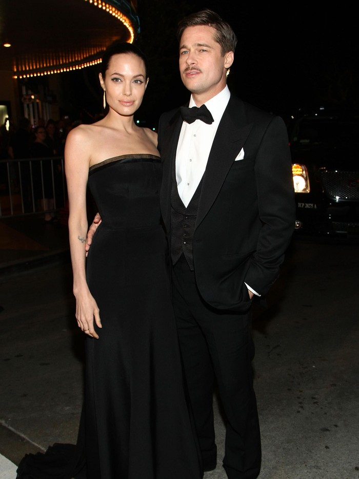 BEVERLY HILLS, CA - JANUARY 15:  Actors Brad Pitt and Angelina Jolie arrive at the 64th Annual Golden Globe Awards at the Beverly Hilton on January 15, 2007 in Beverly Hills, California.  (Photo by Kevin Winter/Getty Images)