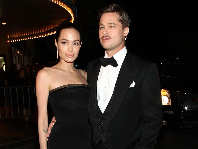 Perayaan Hari Ibu Pertama Angelina Jolie Tanpa Brad Pitt
