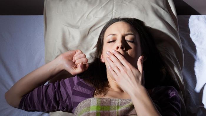 Sulit untuk tidur malam ini? Tak perlu khawatir, konsumsi makanan berikut sebelum waktu tidurmu untuk membantu kamu terlelap lebih mudah. Foto: ilustrasi/thinkstock