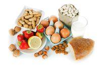 Ibu menyusui disarankan konsumsi kacang, telur hingga susu.