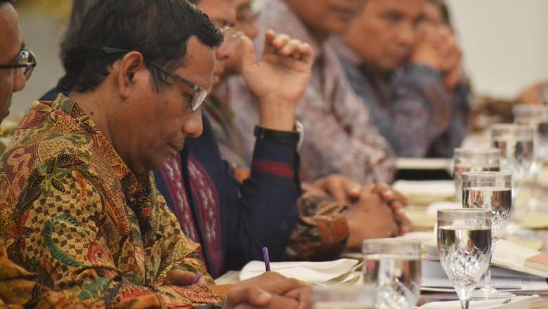 Mahfud MD dan Saldi Setuju Revisi PP 99, Tapi Tidak untuk Remisi Koruptor