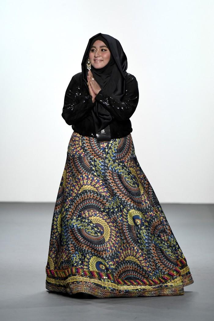 Anniesa Hasibuan di runway (Foto: Dok. Wolipop)