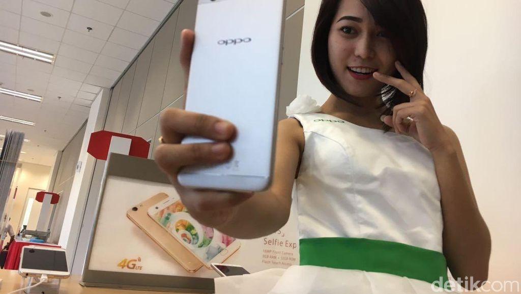 Diejek Ponsel China, Oppo Terpacu Jadi Jawara