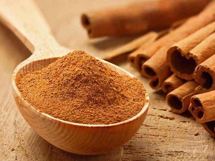Kayu manis memiliki banyak manfaat untuk kesehatan tubuh. Foto: Foodbeast