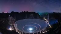 Teleskop Raksasa China Mulai Cari Alien di Bulan September