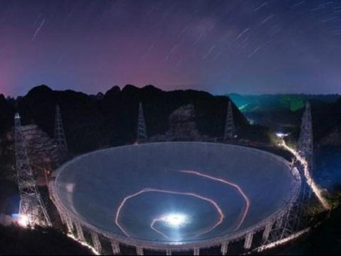 Teleskop raksasa Cina mulai fase pengujian