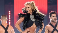 Aduh! Lagi Asyik Joget, Kaki Britney Spears Patah
